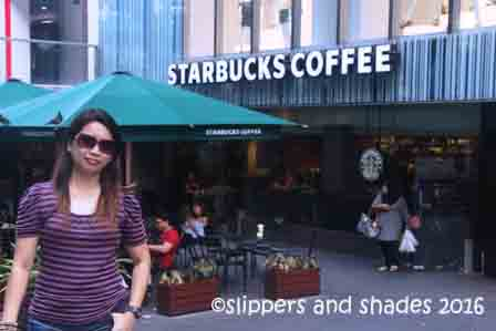 time to settle for coffee break after window shopping in Orchard Road