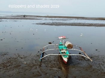 low tide in General Luna Port