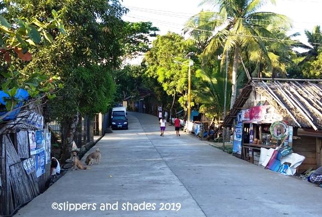 the simple community near  Bikal Port