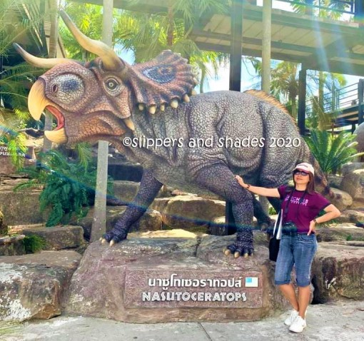 Yours truly and my favorite dinosaur, Nasutoceratops!